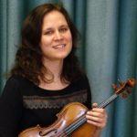 Várföldi Anna hegedű /tanszakvezető